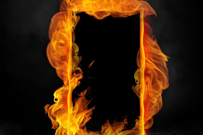smoke-doors-vs-fire-door-distinctions